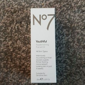 No7 youthful relenishing facial oil.